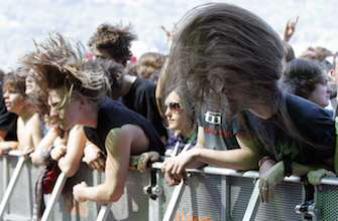 Le headbanging peut provoquer des lésions cérébrales