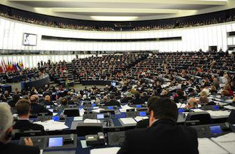 Directive tabac : l'Europe tente de dissuader les jeunes de fumer