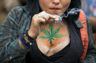 Cannabis : l'Uruguay légalise mais surveille