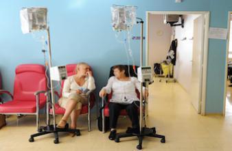Cancer du sein : une surveillance cardiologique s'impose après la chimio