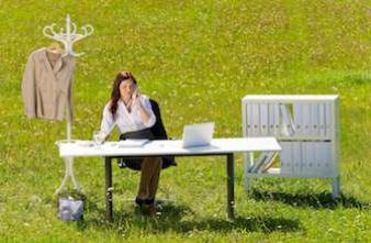 Les plantes vertes au travail rendent les employés plus épanouis