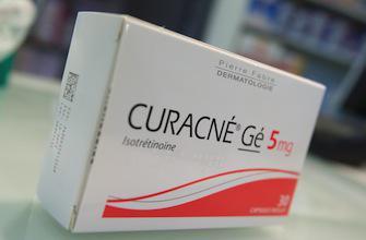 Médicaments anti-acné : l'ANSM précise les précautions d'usage