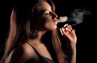 E-cigarette : l'exposition des jeunes à la pub explose aux USA