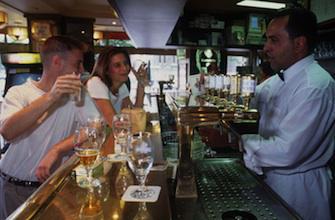 L'interdiction de vente d'alcool aux mineurs est mal appliquée