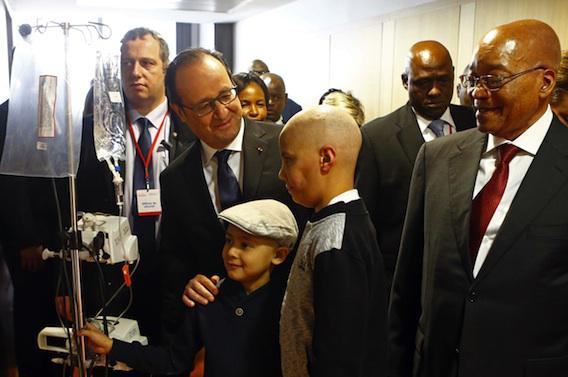 Médicaments : François Hollande appelle à une régulation internationale des prix