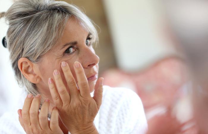 Anti-âge : deux sérums potentiellement dangereux retirés du marché