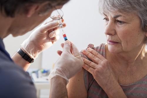 Grippe : moins d'une personne à risque sur deux se fait vacciner