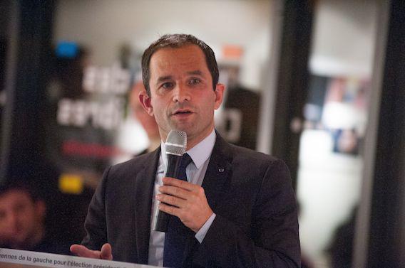 Présidentielle : Benoît Hamon au secours des déserts médicaux