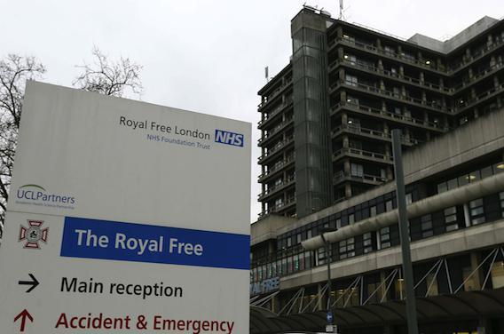 Ebola : l'état de infirmière écossaise causé par une méningite