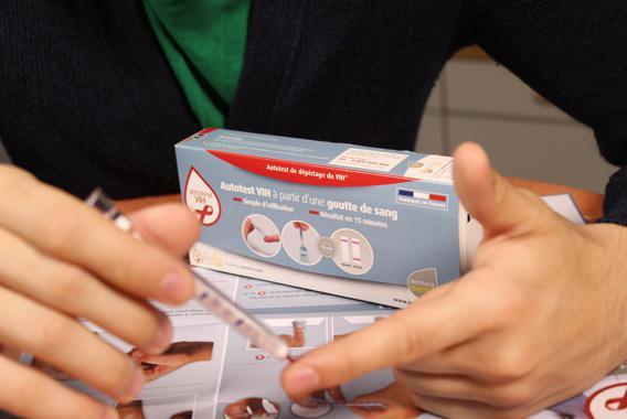 Autotest VIH : un espoir pour améliorer le dépistage