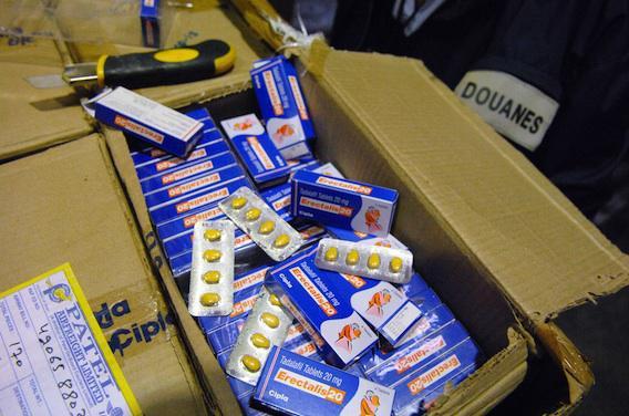 Plus de 20 millions de médicaments contrefaits saisis par Interpol