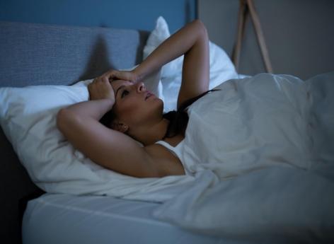 Sommeil : les femmes dorment moins bien que les hommes