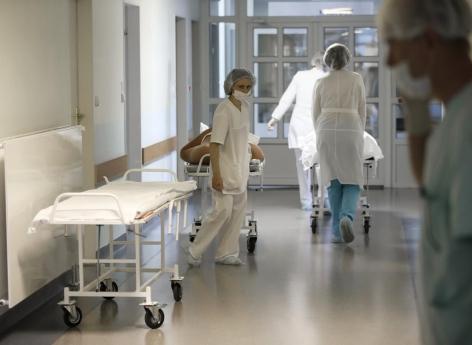 Un adolescent diabétique hospitalisé après avoir suivi les conseils santé d'un YouTubeur