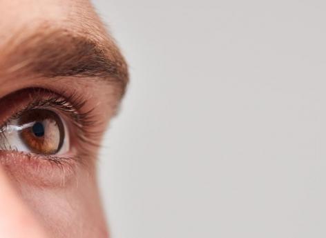 Un patient aveugle recouvre en partie la vue grâce à cette technique innovante