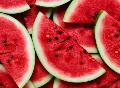 Ménopause : ces cinq aliments à privilégier pour garder la ligne et la forme