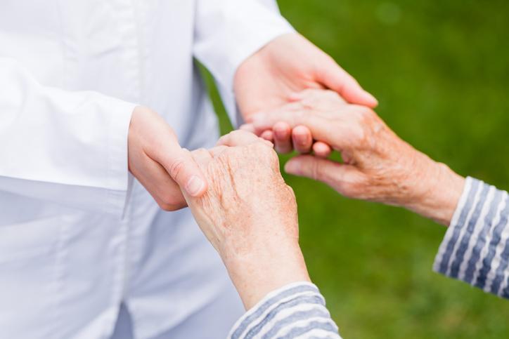 Parkinson: células madre IPS trasplantadas en el cerebro de un paciente en Japón