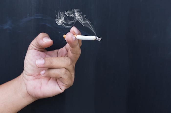 Tabac : les taux de nicotine et goudron sont trois fois supérieurs aux normes européennes