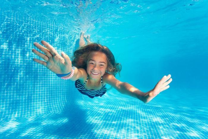 Diarrhées, légionellose, septicémie... Les piscines publiques pleines de dangereuses bactéries
