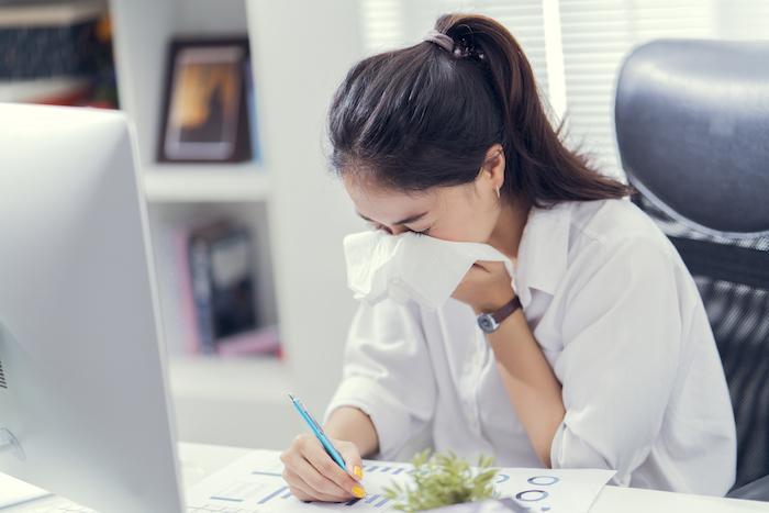 Un arrêt maladie sur quatre n'est pas suivi par les salariés