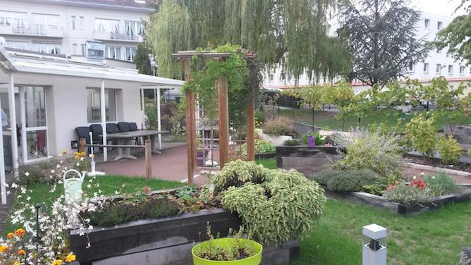 Journee Alzheimer Des Jardins Therapeutiques Fleurissent En Region