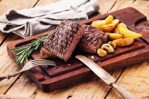 Insuffisance rénale : l'excès de viande rouge augmente le risque