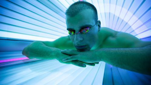 Cabines de bronzage : informer les consommateurs sera obligatoire