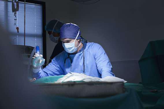 AVC : un masque à oxygène évite les séquelles neuronales
