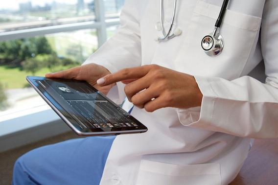 Diagnostic : les médecins font toujours mieux que la technologie