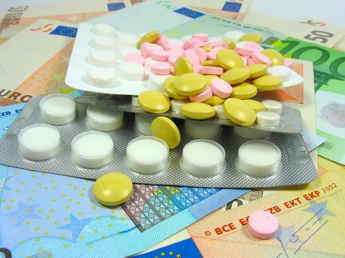 Médicaments chers : le Ciss propose ses solutions