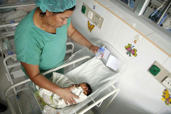 Zika : décès d'un bébé microcéphale en Argentine