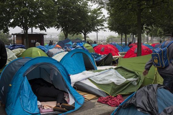 Accueil des migrants : Anne Hidalgo précise son plan