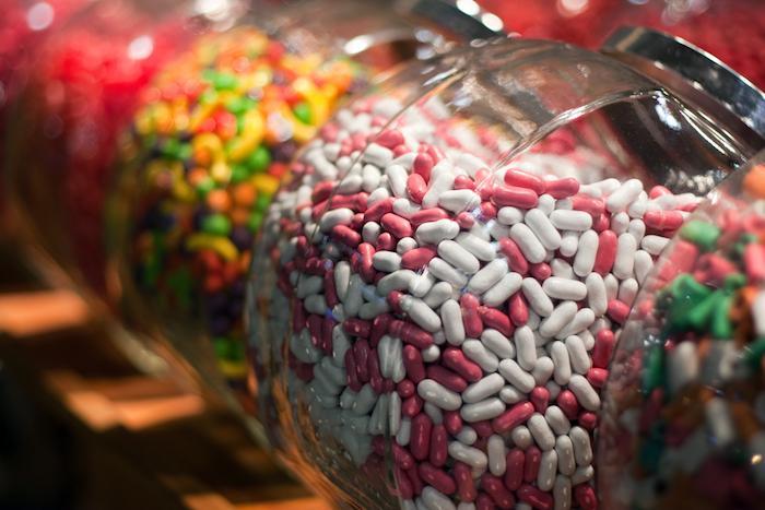 Alimentation : le gouvernement durcit le ton sur les nanoparticules
