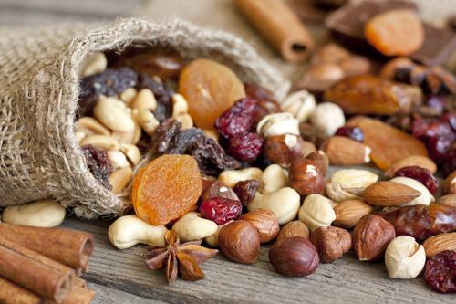 Cancer de la prostate : manger des noix réduit les risques de mortalité