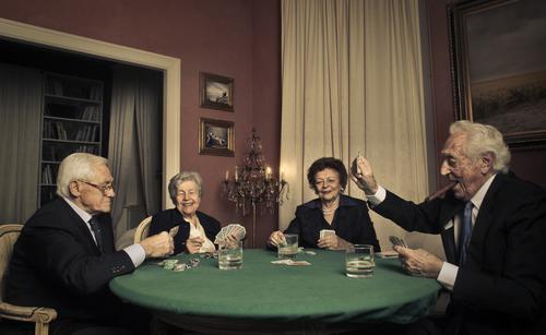 Dopamine : pourquoi les personnes âgées prennent moins de risque