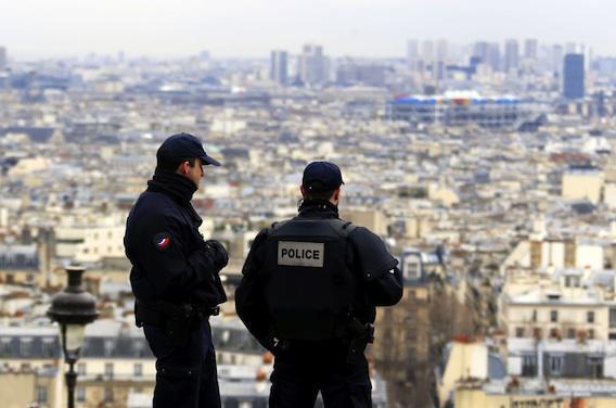 Attentats : comment les policiers traumatisés se reconstruisent