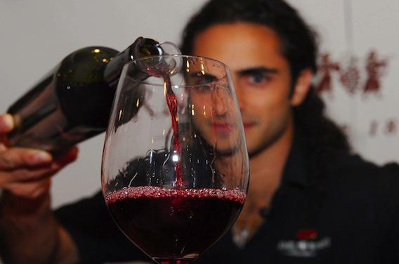 Diabète : un verre de vin au dîner serait bénéfique