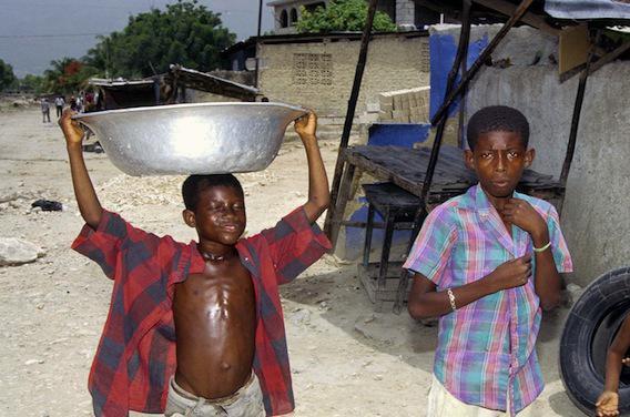 Haïti : plus de 200 000 enfants réduits à l'esclavage