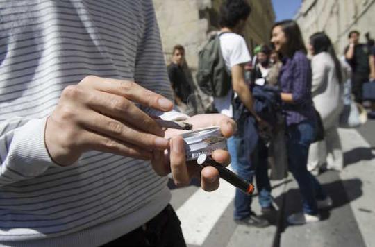 75 organisations soutiennent l'interdiction de fumer au lycée