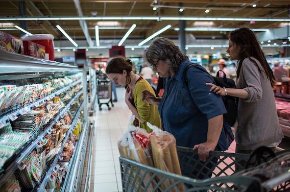 Etats-Unis : le guide diététique fait la chasse au sucre et aux graisses