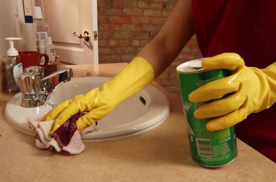 Allergies : l'Anses met en garde contre un produit présent dans les détergents