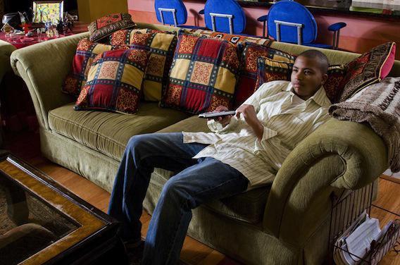 Télévision : l'abus peut nuire au cerveau des jeunes hommes