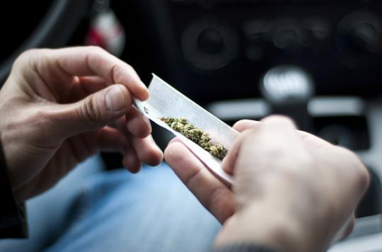 Etats-Unis : 10 millions de fumeurs de cannabis en plus