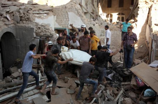 Alep : 377 morts dans les bombardements des hôpitaux