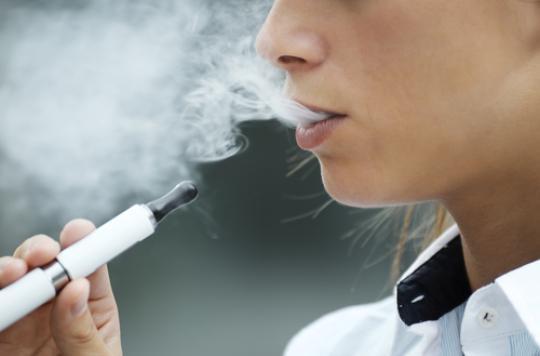 E-cigarette : une porte d'entrée vers le tabac chez les ados