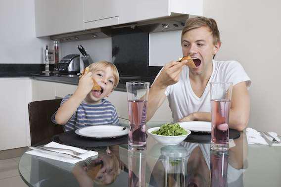Ce que mange le père influence la santé de sa descendance
