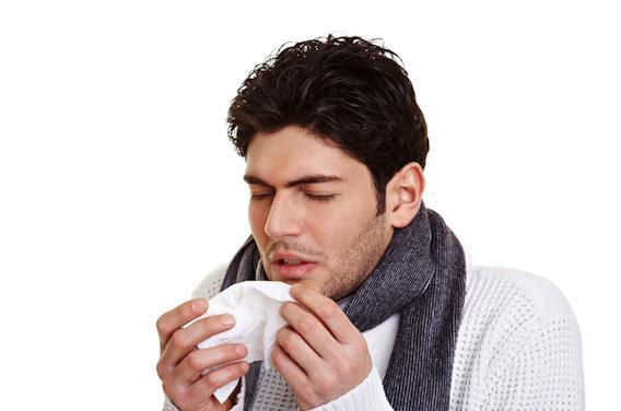 Sinusite, gastro : le retour des virus hivernaux