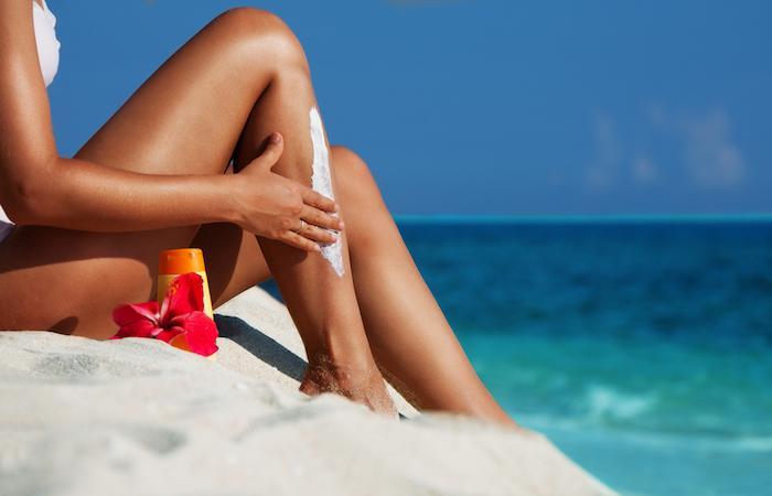 Crèmes solaires : souvent inefficaces et parfois néfastes