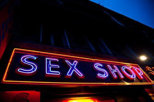 Toulouse : un octogénaire décède dans un sex-shop