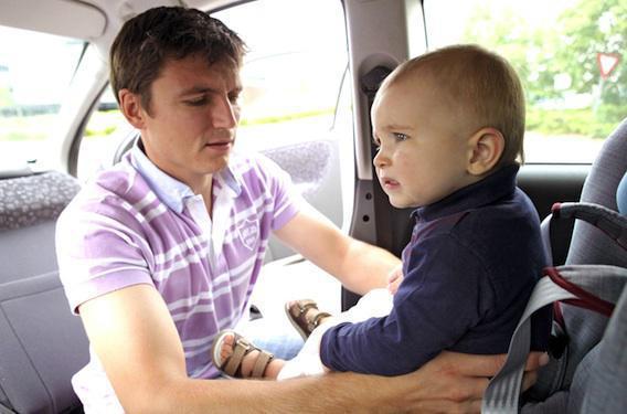 Siège auto : 95 % des parents ne savent pas l'installer