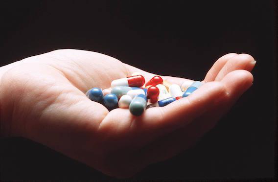 Antibiotiques : l'ANSM alerte sur les effets indésirables des quinolones